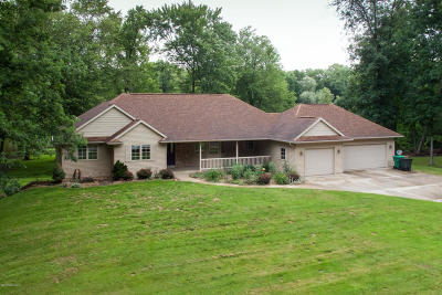 St. Joseph County Single Family Home For Sale: 28140 Talon Drive