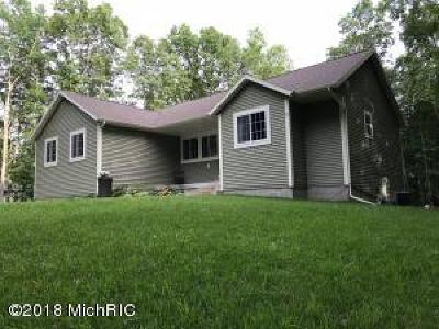 Muskegon MI Single Family Home For Sale: $399,900