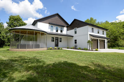 Kalamazoo County Single Family Home For Sale: 4251 Winding Way
