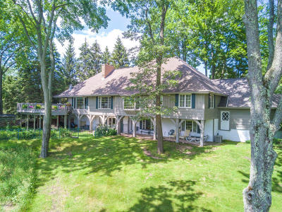 Canadian Lakes Single Family Home For Sale: 11571 N Royal Road