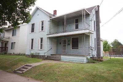 Grand Rapids MI Multi Family Home For Sale: $165,000