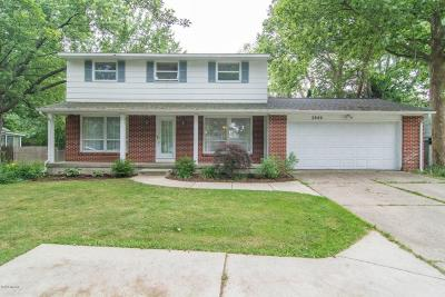 East Grand Rapids Single Family Home For Sale: 2840 Cascade Road SE