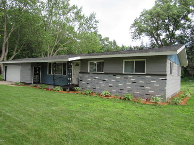 Muskegon Single Family Home For Sale: 1461 Dudley Avenue
