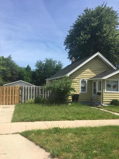 Single Family Home For Sale: 57 Coolidge Street SW