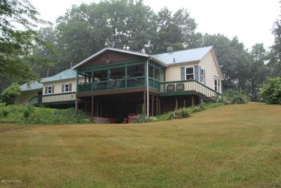 Gladwin County Single Family Home For Sale: 2044 Klender Road
