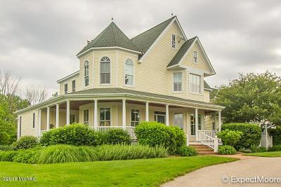 Single Family Home For Sale: 5775 Stonebridge Drive