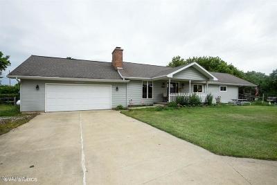 Niles Single Family Home For Sale: 2201 E Winn Road