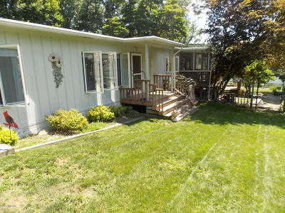 Three Rivers Single Family Home For Sale: 58885 Pine Trail Trail