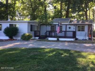Coldwater MI Single Family Home For Sale: $109,000