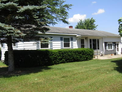 South Haven Single Family Home Active Backup: 7642 Cr 687