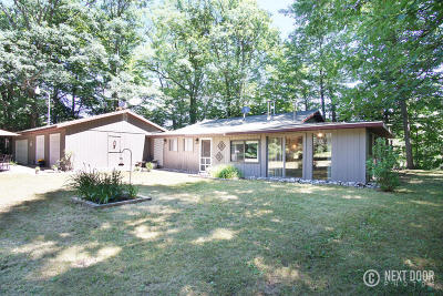 Rothbury Single Family Home For Sale: 5716 S 144th Avenue