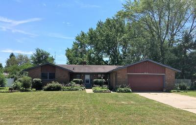 Berrien Springs Single Family Home For Sale: 4856 Riverside Trail