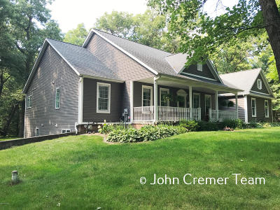 Allegan County Single Family Home For Sale: 3158 Jennifer Lane