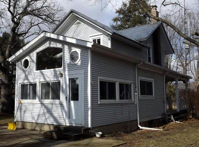 Jackson County Single Family Home For Sale: 15379 Howard Road