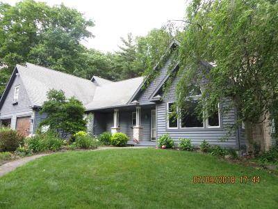 Ludington Single Family Home For Sale: 5512 W Oakridge Road