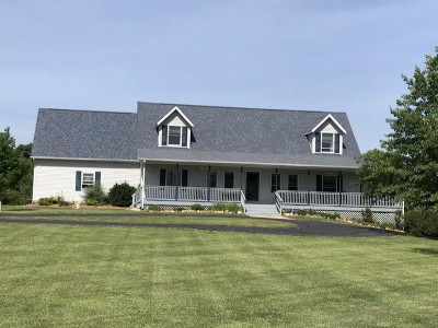Berrien County Single Family Home For Sale: 8712 Huckleberry Road
