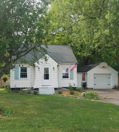 Zeeland Single Family Home For Sale: 10376 Chicago Drive