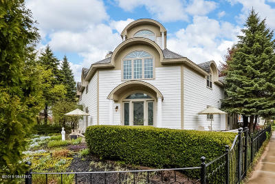 Van Buren County Single Family Home For Sale: 404 N Shore Drive