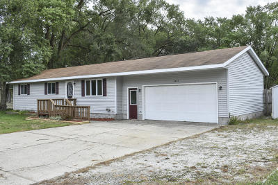 Muskegon Single Family Home For Sale: 2407 McArthur Road
