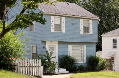 Wyoming Single Family Home For Sale: 862 Canterbury