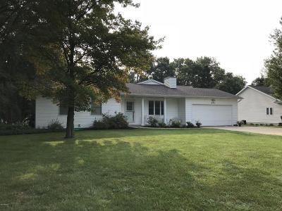 Schoolcraft Single Family Home For Sale: 494 Bernard Street