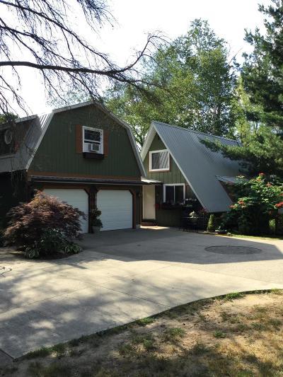 Hastings Single Family Home For Sale: 5300 Gun Lake Road