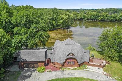 Grand Rapids Single Family Home For Sale: 5815 Coit Avenue NE