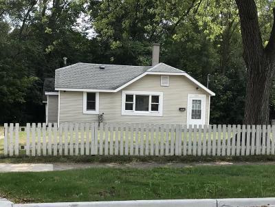 Single Family Home For Sale: 1644 College Avenue SE