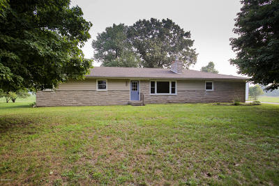 Three Rivers Single Family Home For Sale: 18598 Cotherman Lake Road