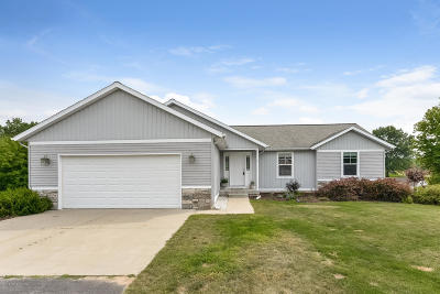 Sparta Single Family Home For Sale: 201 Indian Bluffs NE #24