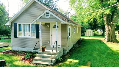 Onekama Single Family Home Active Contingent: 5557 8 Mile Road