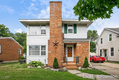 Single Family Home For Sale: 1021 Powers Avenue NW
