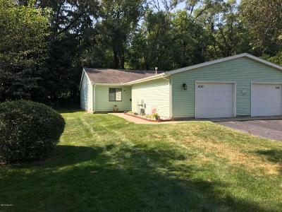 Clinton County, Gratiot County, Isabella County, Kent County, Mecosta County, Montcalm County, Muskegon County, Newaygo County, Oceana County, Ottawa County, Ionia County, Ingham County, Eaton County, Barry County, Allegan County Condo/Townhouse For Sale: 1010 Wedgewood Drive #3