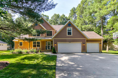 Spring Lake Single Family Home For Sale: 15262 S Scenic Court