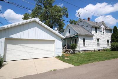 Vicksburg Single Family Home For Sale: 210 S Main Street