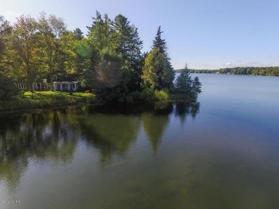Benzie County, Charlevoix County, Clare County, Emmet County, Grand Traverse County, Kalkaska County, Lake County, Leelanau County, Manistee County, Mason County, Missaukee County, Osceola County, Roscommon County, Wexford County Single Family Home For Sale: 6476 Three Pines Road
