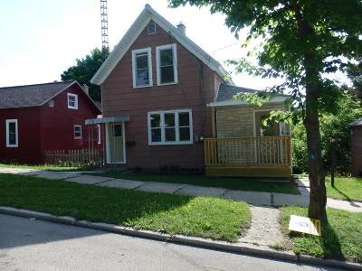 Manistee Single Family Home For Sale: 713 Davis Street