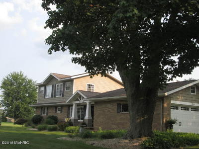Hastings Single Family Home For Sale: 2455 Ottawa Trail