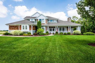 St. Joseph Single Family Home For Sale: 1741 Fox Ridge Trail
