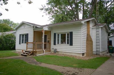 Niles Single Family Home For Sale: 1351 Cass Street