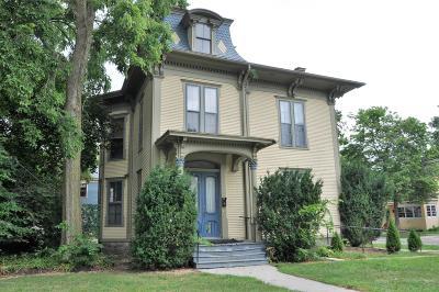 Kalamazoo Multi Family Home For Sale: 802 W Kalamazoo Avenue