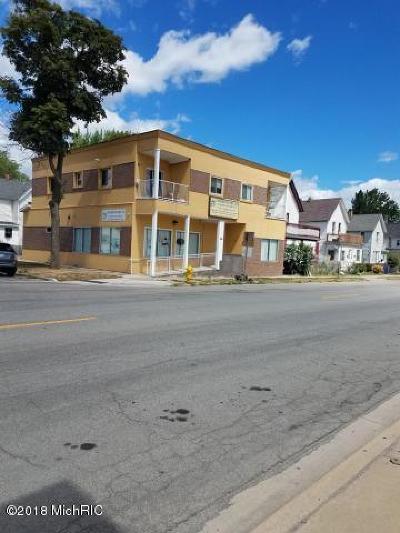 Multi Family Home For Sale: 843 Grandville Avenue SW