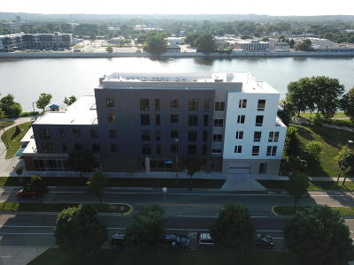 Grand Rapids Condo/Townhouse For Sale: 1001 Monroe Avenue NW #204