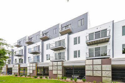 Grand Rapids, East Grand Rapids Condo/Townhouse For Sale: 1001 Monroe Avenue NW #202