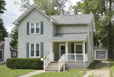 Battle Creek Single Family Home For Sale: 51 Central Street