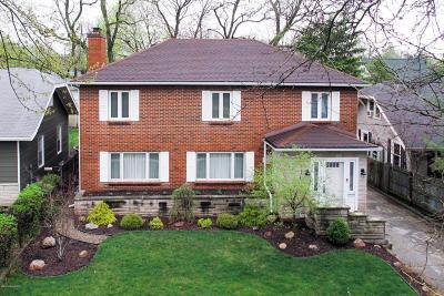 Calhoun County Single Family Home For Sale: 94 Elizabeth Street