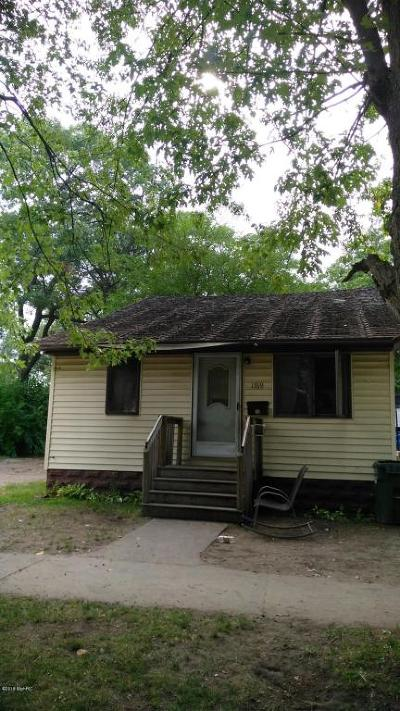 Muskegon Single Family Home For Sale: 1769 Superior Street