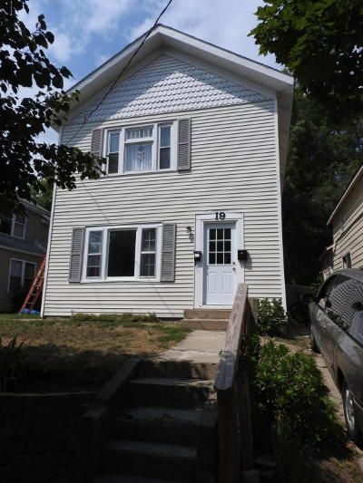 Multi Family Home For Sale: 19 Travis Street NE