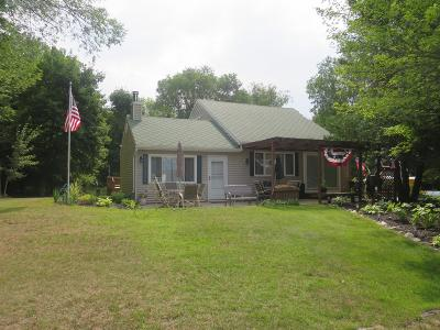 Clinton County, Gratiot County, Isabella County, Kent County, Mecosta County, Montcalm County, Muskegon County, Newaygo County, Oceana County, Ottawa County, Ionia County, Ingham County, Eaton County, Barry County, Allegan County Single Family Home For Sale: 3198 N Apache Drive
