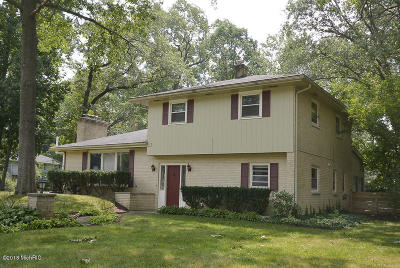 Portage Single Family Home For Sale: 1725 Charter Avenue